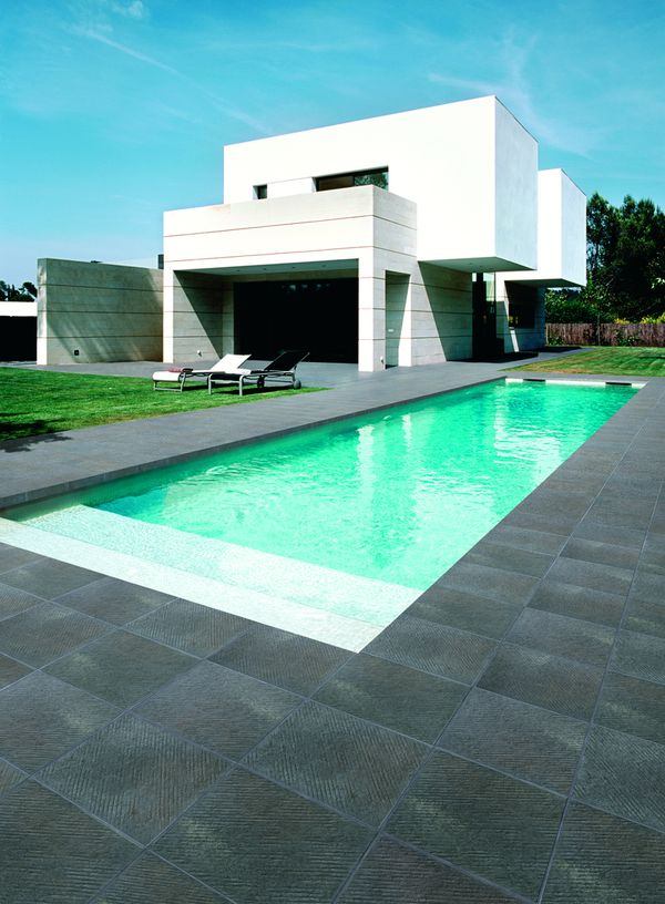Carrelages de cuisine for Piscine en carrelage